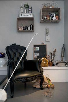moooi smoke chair & miyake lamp