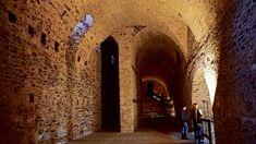 Do pivníc hradu Červený Kameň by sa zmestili aj kamióny, mali slúžiť ako ohromné skladisko