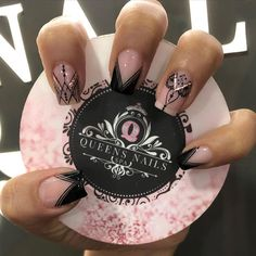 Nail Spa, Manicure And Pedicure, Queen Nails, Best Nail Art Designs, Matte Nails, Cool Nail Art, French Nails, Instagram, Fashion