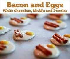 What a GREAT Idea!... And Looks Original and Beautiful... bacon and eggs perfect for brunch