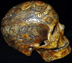 Carved skull by ingrid