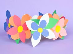 construction paper flowers Arts And Crafts With Construction Paper For Kids Flower Crown Spring Craft What Can We Do With Paper And Glue Arts And Crafts With Construction P Fish Paper Craft, Paper Craft Work, Paper Crafts For Kids, Arts And Crafts, Bug Crafts, Preschool Crafts, Easy Crafts, Preschool Kindergarten, Craft Work For Kids