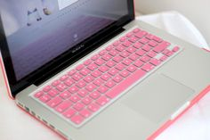 Pink Laptop #girly For guide + advice on lifestyle, visit www.thatdiary.com