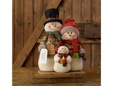 Snow Lodge - Snowman Family On Sled, Led Light Family Christmas Ornaments, Christmas Mason Jars, Etsy Christmas, Primitive Christmas, Felt Christmas, Rustic Christmas, Christmas Snowman, All Things Christmas, Christmas Home