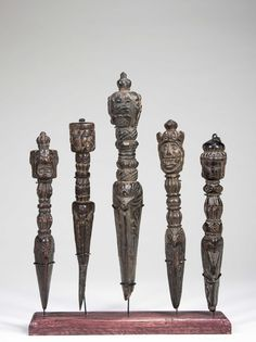 Five fine and large Himalayan Phurbas - C. 19th - 20th Century. Nepal and Tibet