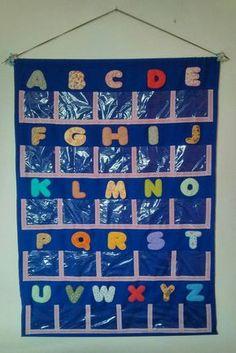 Alfabetário - Painel para Alfabeto. Preschool Learning Activities, Alphabet Activities, Infant Activities, Classroom Activities, Kids Learning, Counting Activities, Easy Preschool Crafts, Crafts For Kids, Sons Initiaux