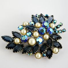 Vintage Large DeLizza and Elster Style Juliana Brooch by PinkAstilbe, $60.00