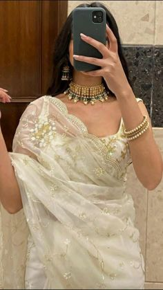 Dress Indian Style, Indian Fashion Dresses, Indian Designer Outfits, Fashion Outfits, Saree Designs Party Wear, Pakistani Dresses Casual, Indian Bridal Outfits, Saree Trends, Before Wedding