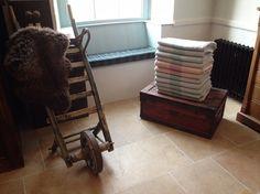 The Blanket Hall, Witney, Oxfordshire Witney Oxfordshire, Places Of Interest, Places To Go, Blanket, Rug, Blankets