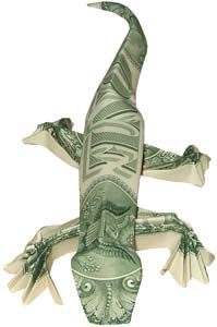 by the Dollar Artist. Lizard origami / made from two dollar bills