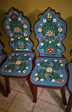 Kabalás székek Tole Painting, Painting On Wood, German Houses, Funky Painted Furniture, Bohemian House, Painted Boxes, Pattern Art, Furniture Makeover, Woodworking Projects