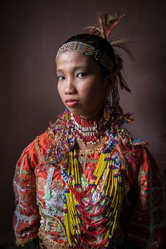 The tribal muse for the Klata tribe and a Datu (Chieftain) from the Obu Manuvu tribe, Philippines Filipino Art, Filipino Culture, We Are The World, People Around The World, Ethnic Jewelry, Filipino Fashion, Philippines Culture, Folk, Mindanao