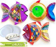 peces con plato de cartón