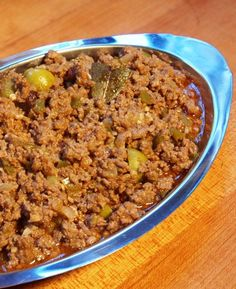 Picadillo omg I love this so much not a huge fan of the aceitunas .pero yummy nontheless…no it's not Sloppy Joe or Hamburger Helper Cuban Dishes, Spanish Dishes, Beef Dishes, Spanish Food, Comida Latina, Cuban Picadillo, Puerto Rican Picadillo Recipe, Comida Boricua, Cuban Cuisine