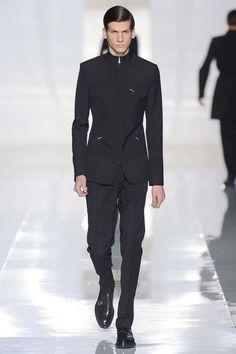 Dior Homme Paris Fashion Week Fall 2013. Men's Fashion.