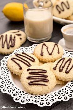 biscuiti-cu-lamaie-de-post-a 100 Calorie Desserts, No Calorie Foods, Low Calorie Recipes, Diabetic Recipes, Food Truck Party, Romanian Food, Romanian Recipes, Under 100 Calories, Raw Vegan