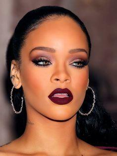 Eye makeup in pink - Smokey Eye examples with instructions - Eye Makeup – Smokey eyes like Rihanna make up - Pink Smokey Eye, Smokey Eyes, Smokey Eye Makeup, Burgundy Makeup, Burgundy Lipstick, Dark Lipstick, Dark Skin Makeup, Makeup For Green Eyes, Tutorials