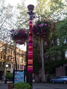 Little Things: Yarn bombing