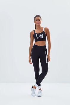 Labellamafia Sports Top - Black – DXHIVE Vanity Fashion sport Top !  Color: Black and White #dxhivevanity#labellamafia#lbmtop#blacktop#sportivedresses #sporttop#beauty#top#blackdress#sportswear#casualwear#labellamafialeggings#leggings#sport#fitness #fitnessgirl#gymwear