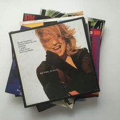 Kim Wilde superbe collectie van 18 UK geperst 7 inch singles vroege hits zeldzame later introducties  Kim Wilde Chequered Love UK RAK 1981 2-track 7inch in custom picture sleeve also with Shane RAK330 Kim Wilde Cambodia UK RAK 1981 2-track 7inch in custom picture sleeve also with Watching For Shapes RAK336 Kim Wilde View From A Bridge UK RAK 1982 2-track 7inch in custom picture sleeve also with Take Me Tonight RAK342 Kim Wilde Child Come Away UK RAK 1982 2-track 7inch in custom picture…