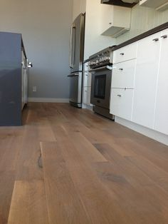 JOB WE INSTALLED: White Oak Rift and Quartered with Woca White Lye, Woca Master Oil White… www.wocausa.com