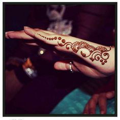 Hey Guys Today's article is part of new serious of Henna Designs (Aka Mehndi Designs). Mehndi Designs, Hena Designs, Henna Designs Easy, Beautiful Henna Designs, Mehndi Patterns, Henna Tattoo Designs, Design Tattoos, Henna Tatoos, Henna Ink