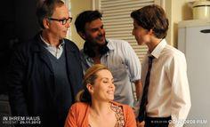 Während der Dreharbeiten: Fabrice Luchini, Emmanuelle Seigner, Fraçois Ozon und Ernst Umhauer (v.l.).  © 2012 Concorde Filmverleih GmbH