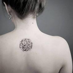15 Of The Smallest, Most Tasteful Flower Tattoos Delicate Tattoo, Subtle Tattoos, Small Tattoos, Cool Tattoos, Floral Back Tattoos, Flower Tattoos, Minimalist Tattoo Meaning, Minimalist Tattoos, Hydrangea Tattoo