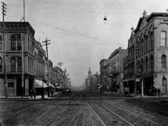 Looking north on Main Street, from the Square, Manufacturer's National Bank at 440 Main Street. c.1888.