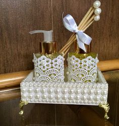 Bathroom Soap, Lotion, And Diffuser Set Lavabo Vintage, Pearl Crafts, Bottle Box, Altered Bottles, Bottles And Jars, Tray Decor, Bottle Crafts, Baby Shop, Decoupage