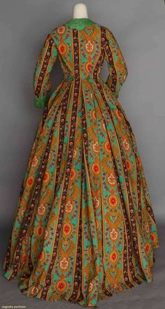 Wool print wrapper, 1860s     (no further description)     Augusta Auctions