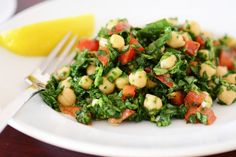 34. Chickpea and Spinach Salad #beginner #dinner #recipes http://greatist.com/eat/healthy-dinner-recipes-for-beginners
