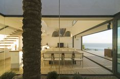 madrid-based MVN arquitectos have conceived the 'aa house' in almeria, spain, overlooking the horizon of the mediterranean sea. Creative Architecture, Beautiful Architecture, Contemporary Architecture, Architecture Design, Madrid, Ultra Modern Homes, Interior Garden, Interior Design, Mediterranean Sea