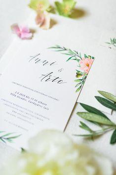 Destination Wedding - Mitä ottaa huomioon? Italy Wedding, Destination Wedding, Place Cards, Place Card Holders, Destination Weddings