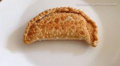 Por Andy Tous - Esta es la forma mas facil y rapida que he encontrado para hacer la receta de las famosas empanadillas de pizza.