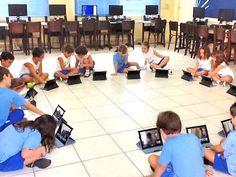 Com iPad para cada aluno, professor deve acolher novas informações e gerar discussões em sala (foto: iPad na Sala de Aula / reprodução)