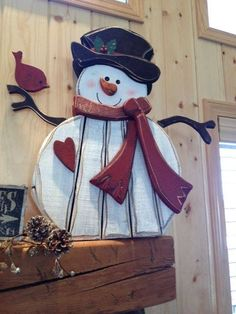 40 Stunning Rustic Christmas Decorations Ideas - Page 7 of 41 - Adila Decor Christmas Wood Crafts, Snowman Crafts, Christmas Design, Christmas Snowman, Rustic Christmas, Christmas Projects, Winter Christmas, Holiday Crafts, Holiday Fun