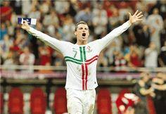 Euro 2012 Soccer Championship, Part The action Neymar, Messi, Antoine Griezmann, Cr7 Quotes, Real Madrid, Fifa, Cristiano Ronaldo Quotes, Eric Cantona, Euro 2012