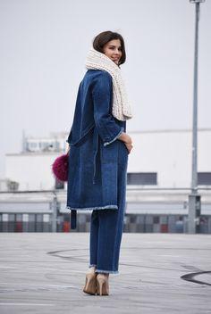 Nina Schwichtenberg from www.fashiioncarpet.com wearing a denim allover look from stefanel  #fashiioncarpet #autumnwintertrends