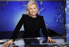 Diane Sawyer says goodbye to 'ABC World News' with little fanfare; read her farewell speech Farewell Speech, Female News Anchors, White House Staff, Diane Sawyer, World News Today, Nbc Nightly News, Anti Aging Tips, Good Morning America, New Today