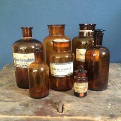 Antieke apothekersflessen, Oude apothekers flessen, Drenthe