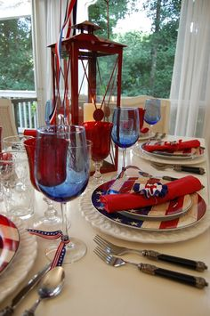 July 4th supper... A tall red lantern stands ready to LIGHT UP THE NIGHT on this lovely Independence Day tablescape.
