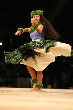 2015 Miss Aloha Hula | Merrie Monarch