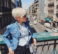 [New] The 10 Best Hairstyle Ideas Today (with Pictures) - I like the feeling of being anonymous in a big city. No one knows me so its easy to remember why I am. Funky Blonde Hair, Blonde Pixie Cuts, Short Hair Cuts, Good Hair Day, Love Hair, Short Platinum Hair, Longer Pixie Haircut, Crop Hair, Classy Hairstyles
