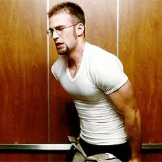 Chris Evans as Jensen in The Losers, 2010