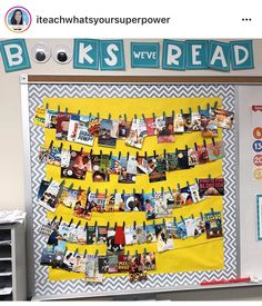 Use pictures from activities throughout the year instead of books Reading Bulletin Boards, Classroom Bulletin Boards, Classroom Displays, Classroom Decor, 5th Grade Reading, Guided Reading, Reading Anchor Charts, Creative Class, First Grade