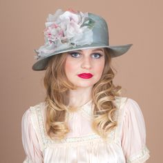 7280UHSI Upturned Helena, leaf with pale rose – Louise Green Millinery