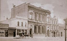 Bank of NSW was located at 55 Collins St East (nowaday 368-374 Collins St) from 1858 until 1933.