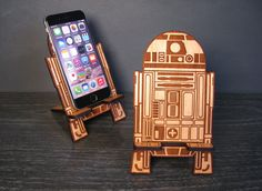 Star Wars R2-D2 Inspired Universal Wood Phone Stand Dock - Fits iPhone 6, iPhone Plus, iPhone 5 or 4, Android, Samsung Galaxy s3 s4 s5 by PhoneTastique on Etsy https://www.etsy.com/listing/221812286/star-wars-r2-d2-inspired-universal-wood