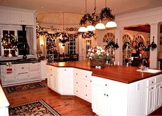 Lisa's kitchen at Christmas - what a place to cook for any meal, especially the holidays.